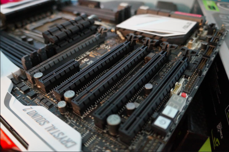 how to install a graphics card in motherboard